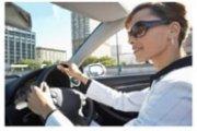 woman-driving-car small