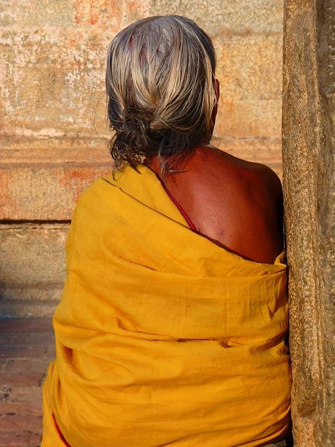 Háttal a világnak - indiai nők