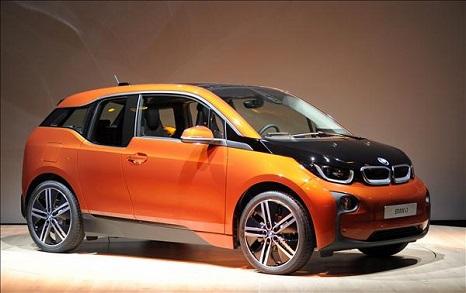 BMW- elektromos meghajtású modell Forrás: MTI