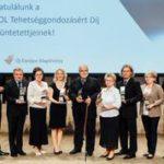 Kíváló tanárokat és edzőket díjazott a MOL