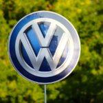 Megtiltották a Volkswagen dízelautóinak forgalmazását